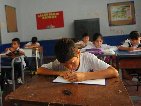 http://www.lavozdigital.com.py//assets/escolares.jpg