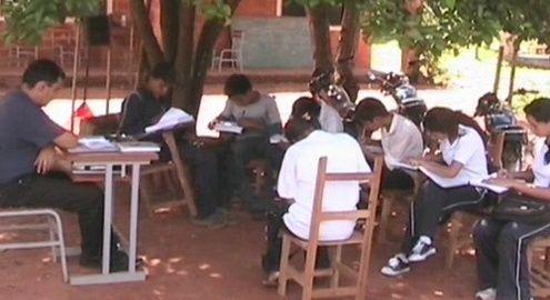 http://www.lavozdigital.com.py//assets/escuelas.jpg