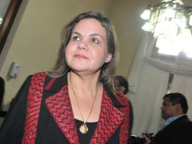 http://www.lavozdigital.com.py//assets/lilian-samaniego-resalta-apoyo-la-anr-gobierno-cartes.jpg