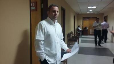 Dr. Carlos Talavera