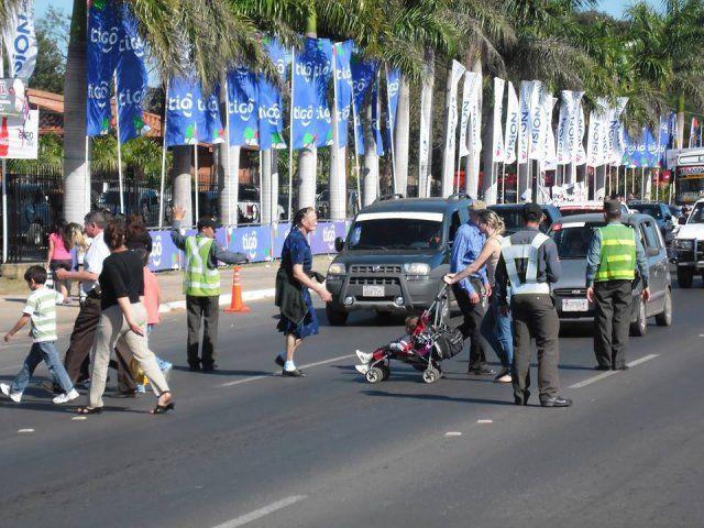 http://www.lavozdigital.com.py//assets/patrulla-caminera-brindara-seguridad-la-expo-2014.jpg